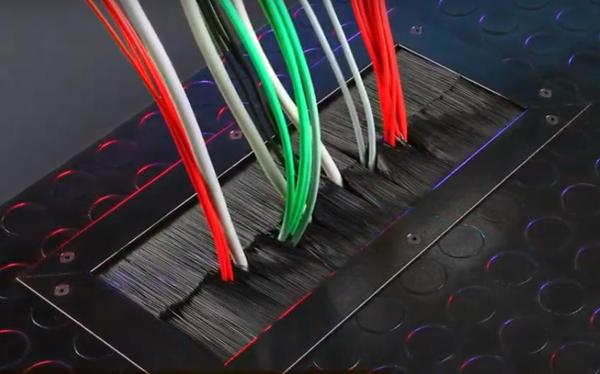 Cepillos Pasa Cables